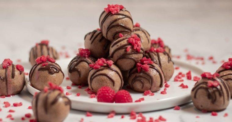 Almond Butter Raspberry Balls