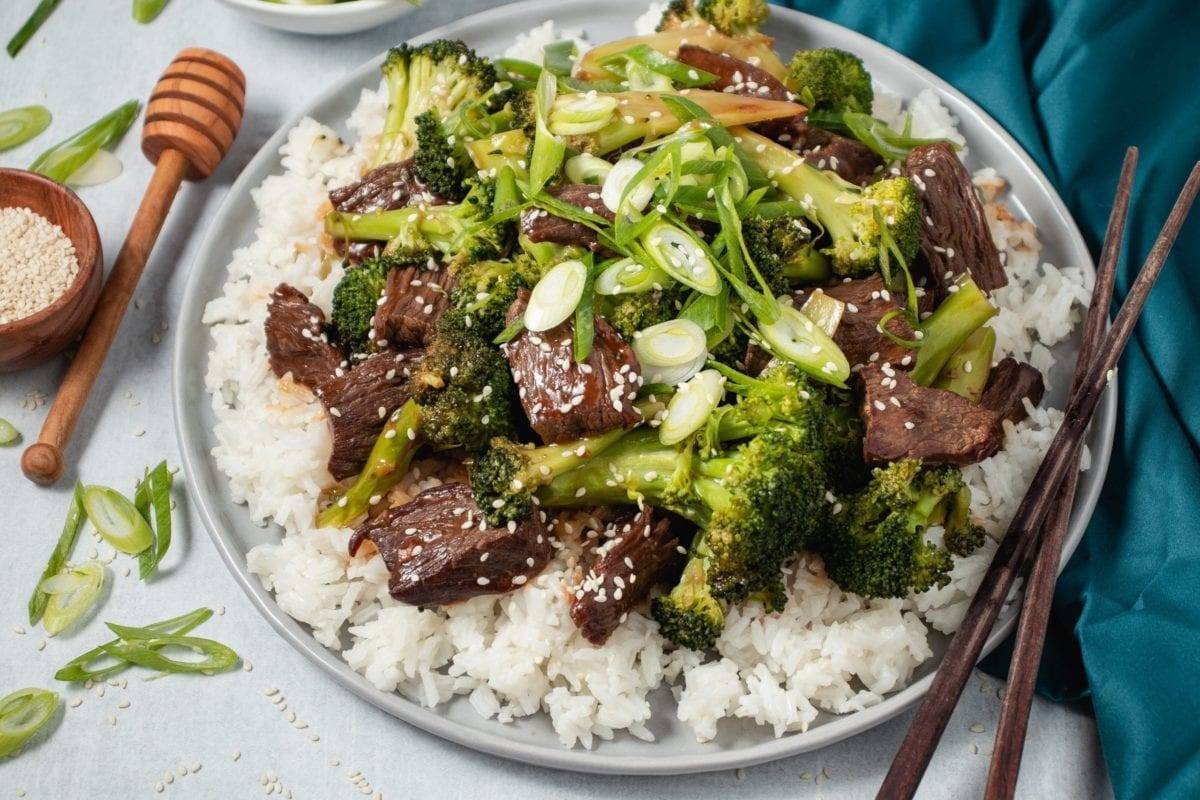 Easy Beef and Broccoli Stir Fry Recipe Healthy Meal Planning Meal Prep Counting Macros Better than Takeout
