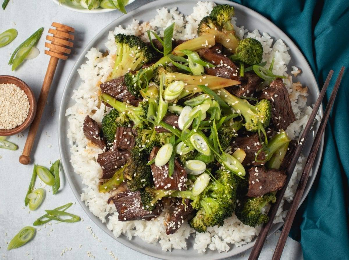 Easy Beef & Broccoli Stir Fry, Better than Takeout!