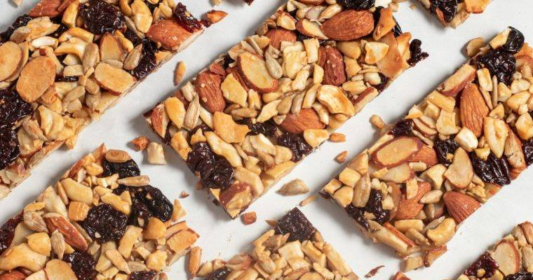 Easy Trail Mix Bars, Snacking Right